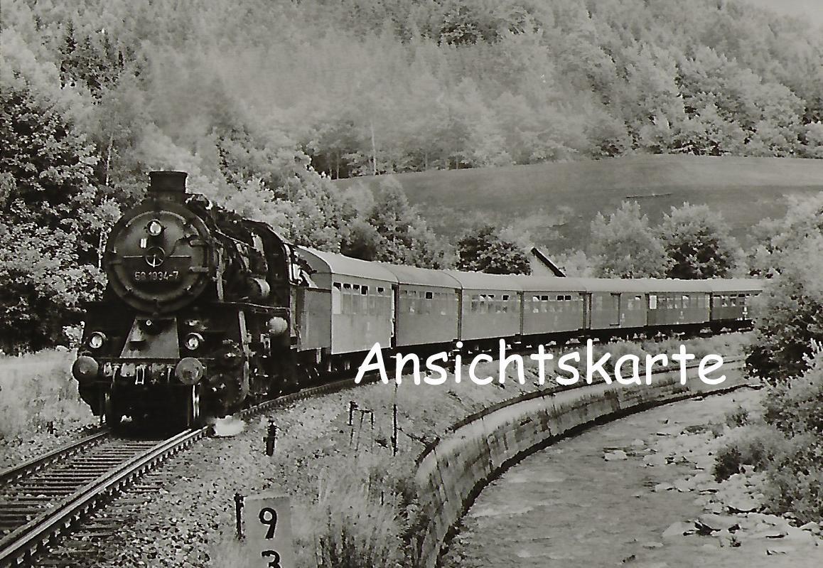 DR Güterzug-Lokomotive 58 1934-7 bei Antonstal. (1248)