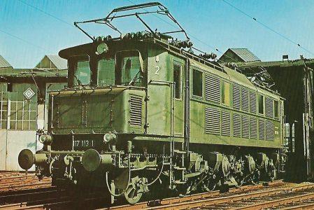 Schnellzug-Lokomotive 117 113-1 der DB im Bw Augsburg. Eisenbahn Bestell-Nr. 5164