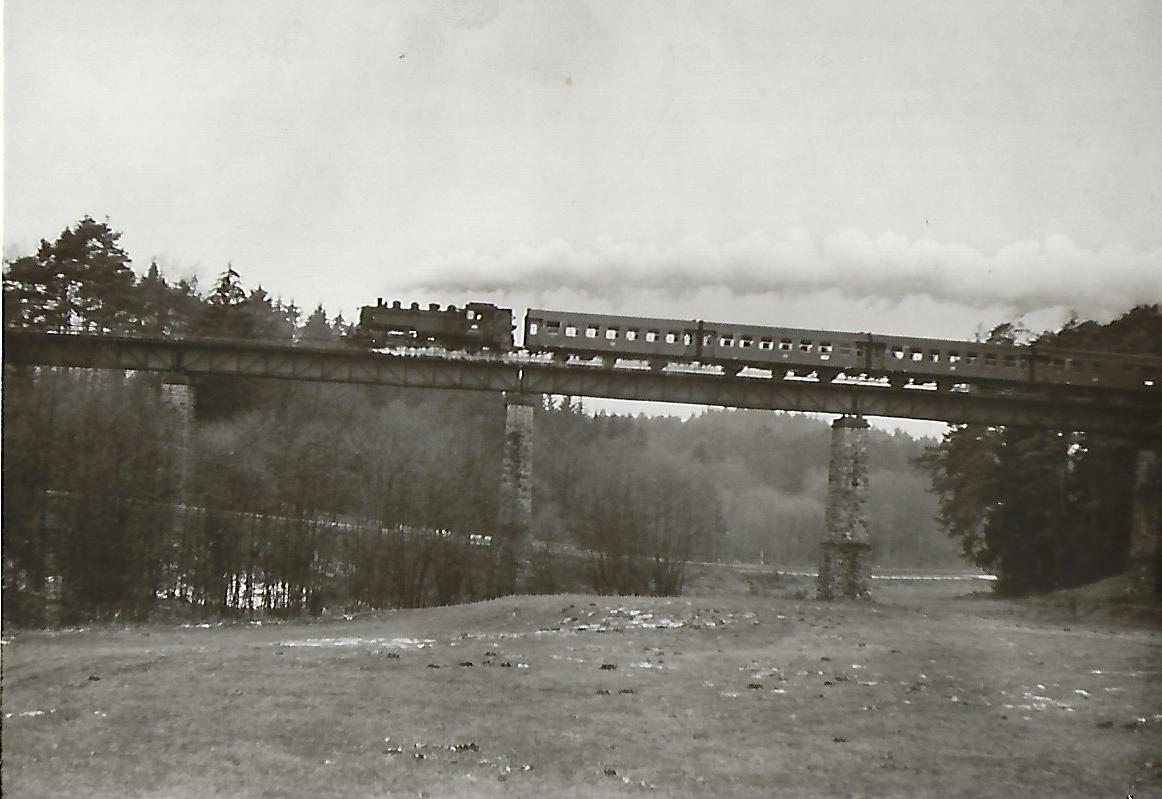 086 534 auf der Fahrt von Burgthann nach Allersberg. (5181)