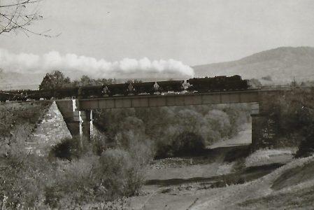 023 … auf der Kocherbrücke nahe Gaildorf. Eisenbahn Bestell-Nr. 5184