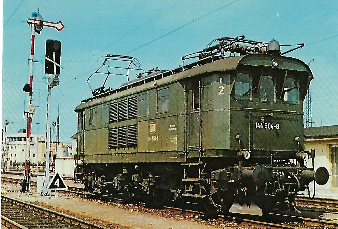 144 504-8 Elektrische Personenzuglokomotive. (10268)