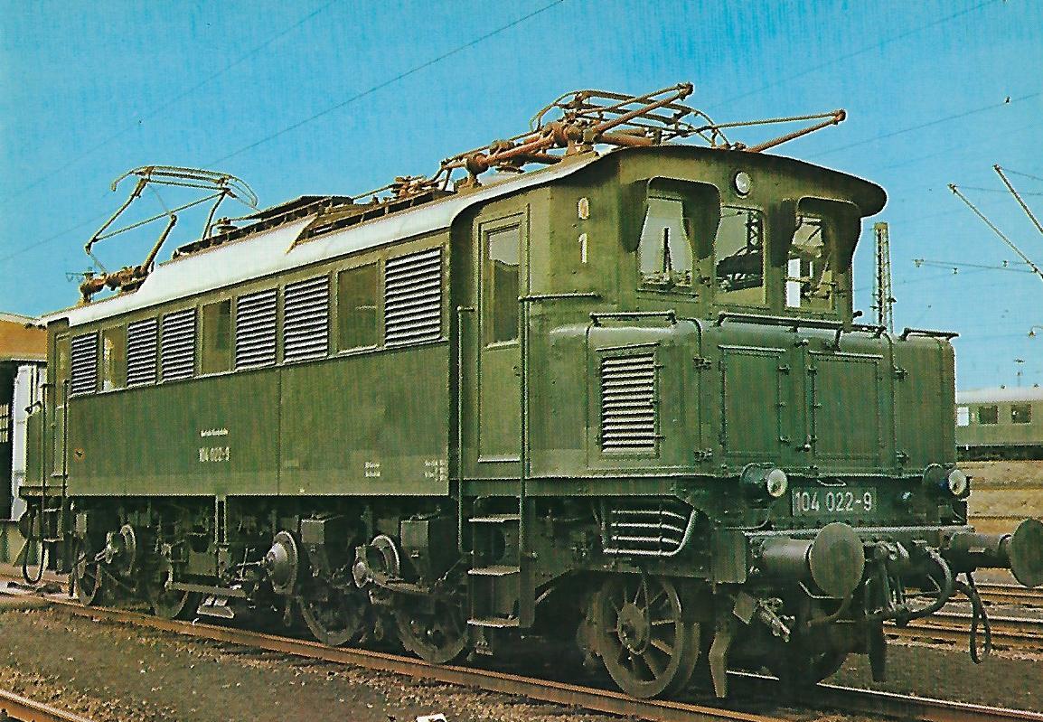 104 022-9 Elektrische Schnellzuglokomotive. (10274)