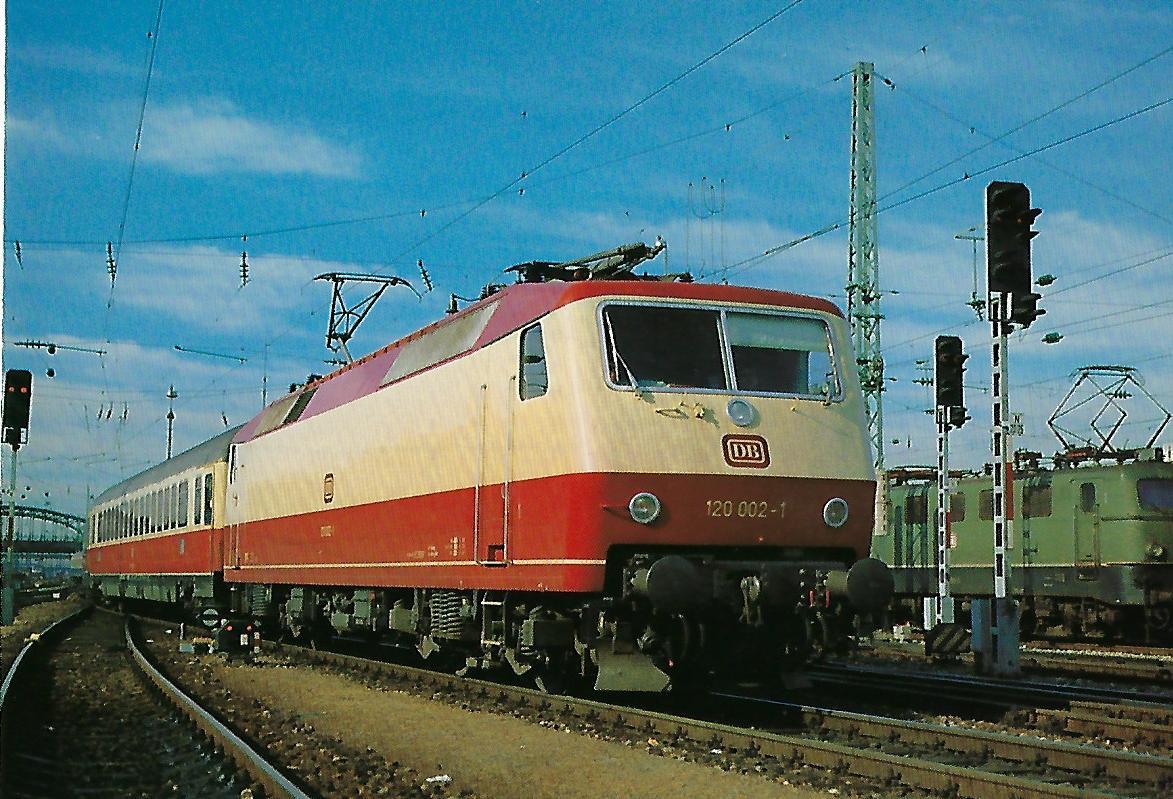 120 002-1 Elektrische Schnellzuglokomotive. (10303)