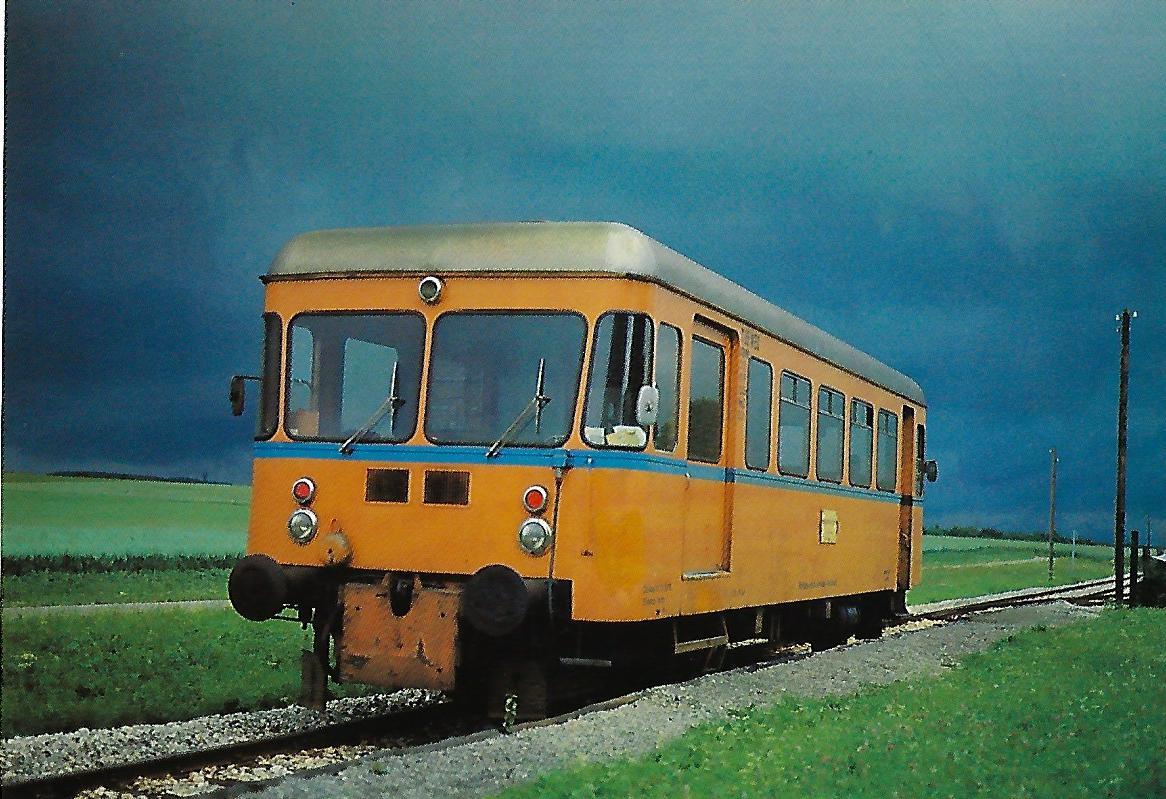 Württembergische Eisenbahn-Gesellschaft (WEG), VT 05 bei Waldhausen. (10318)