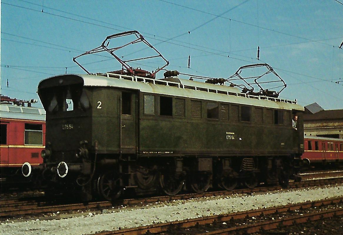 E 75 54 Elektr. Personenzuglokomotive. (10343)