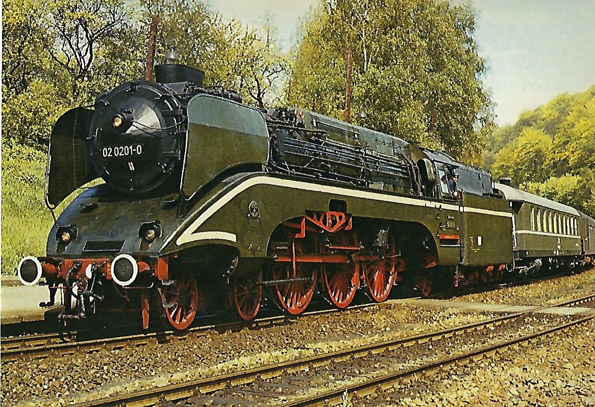 02 0201-0 (ex 18 201) Dampflokomotive. (5311)