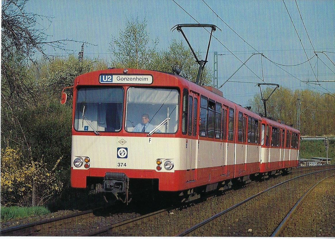 U-Bahn-Triebwagen 374 in Bad Homburg (90647)