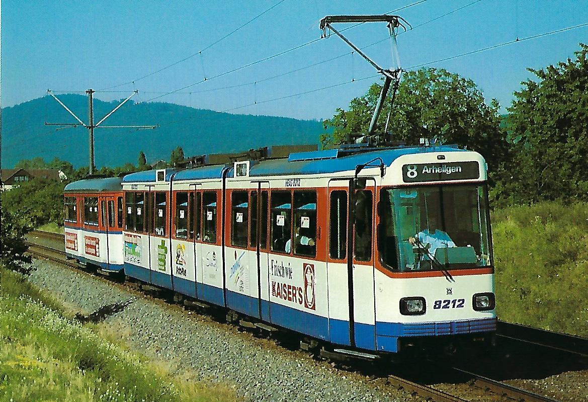 HEAG Verkehrs-GmbH, Darmstadt, elektr. Gelenk-Tw 8212 bei Alsbach. Straßenbahn Bestell-Nr. 95001