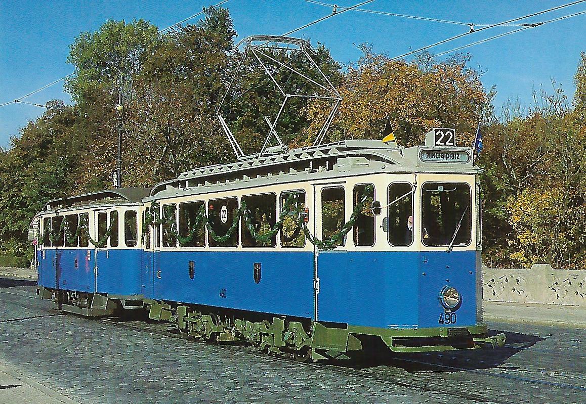 Triebwagen 490 auf der Maximiliansbrücke. (99113)