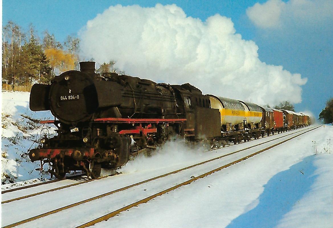 DB, Güterzug-Dampflokomotive 044 834-0 bei Lauf, Weihnachten 1970. Eisenbahn Bestell-Nr. 10453