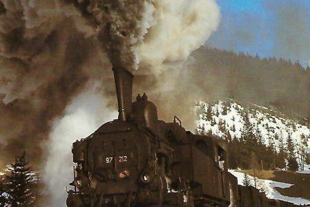 ÖBB, Zahnrad-Dampflokomotive 97 212 auf der Erzbergbahn bei Glaslbremse im Januar 1969. (10455)