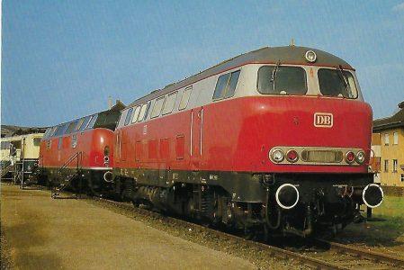 DB, diesel-hydraulische Museumslokomotive V 160 003 in Haltern, 1985. (10456)