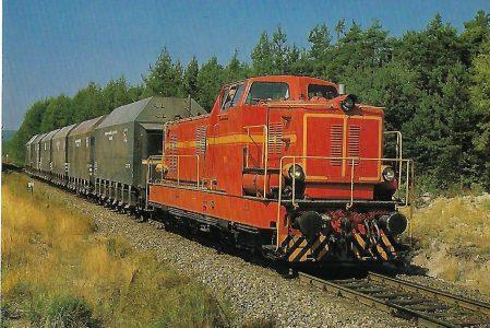 Bayernwerk AG, Kraftwerk Schwandorf, Diesellokomotive M 14 (ex BBI) auf der Strecke Schwandorf – Wackersdorf im August 1981. (10461)