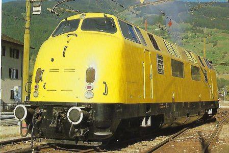 Valditerra S.A., Diesellokomotive (ex DB 220 060) im Bhf. Sterzing/Vipiteno im Oktober 1986. Eisenbahn Bestell-Nr. 10471