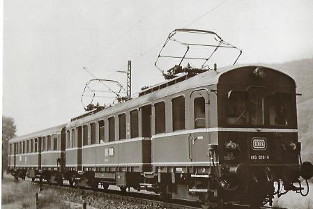 DB Elektrischer Triebwagen 485 019. Eisenbahn Bestell-Nr. 1137