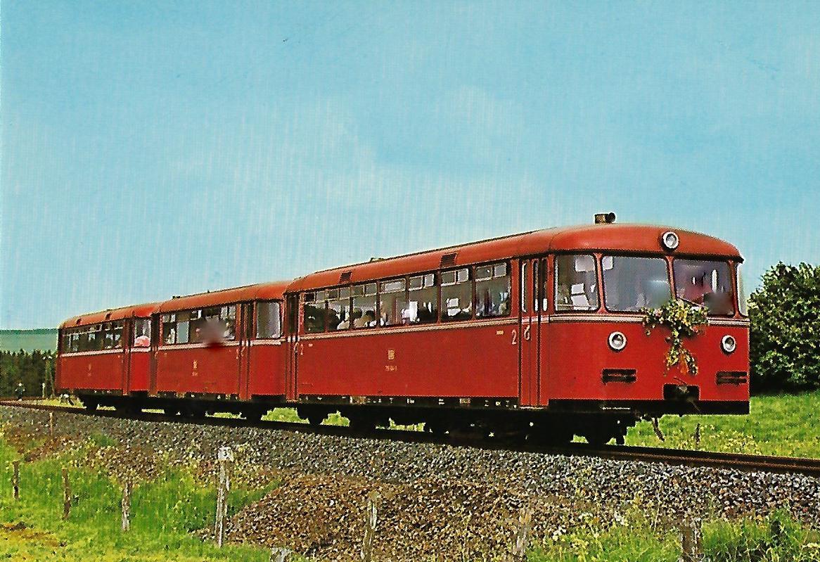 DB Schienenbus Triebwagenzug 795 504-0. Eisenbahn Bestell-Nr. 1254
