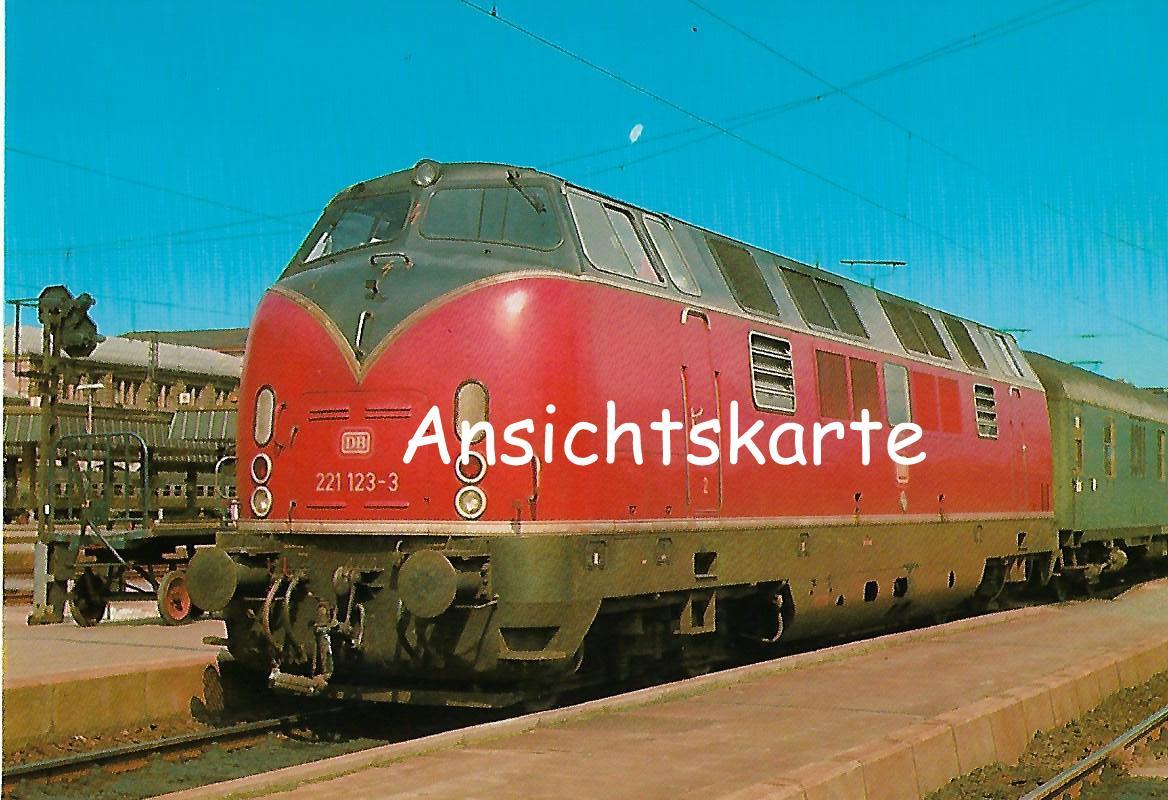 DB Diesellokomotive 221 123-3 in Nürnberg Hbf. Eisenbahn Bestell-Nr. 1277