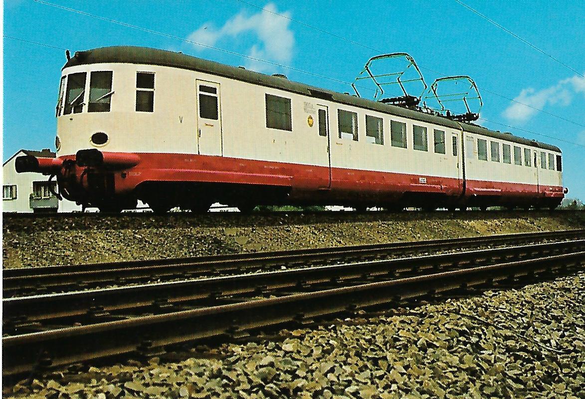 Schnelltriebwagen elT 1900 a/b in Neustadt an der Weinstraße. Eisenbahn Bestell-Nr. 5166