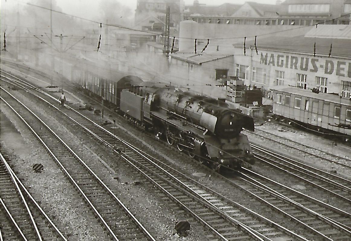 003 088 bei der Einfahrt nach Ulm Hbf. Eisenbahn Bestell-Nr. 5182