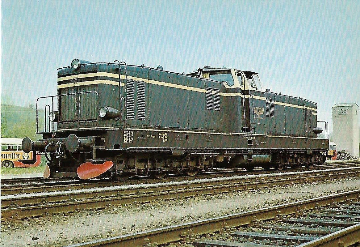 V-Lokomotive KHD (ex KFBE) im Bhf. Viechtach. Eisenbahn Bestell-Nr. 10214