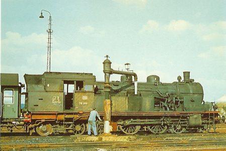 78 268 DB (Pr. T 18) beim Wassernehmen in Wanne-Eickel im Oktober 1963. Eisenbahn Bestell-Nr. 10294