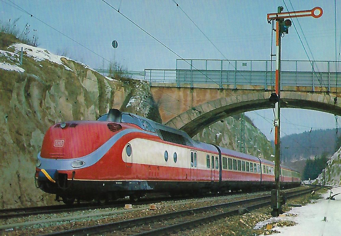 VT 601 bei Treuchtlingen am 22.2.1981. Eisenbahn Bestell-Nr. 10305