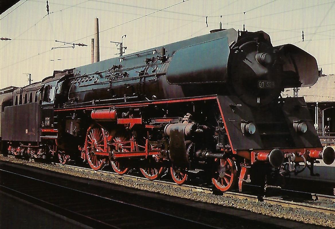 DR, Schnellzuglokomotive 01 523 am 25.6.1965 im Bahnhof Bebra. Eisenbahn Bestell-Nr. 10357