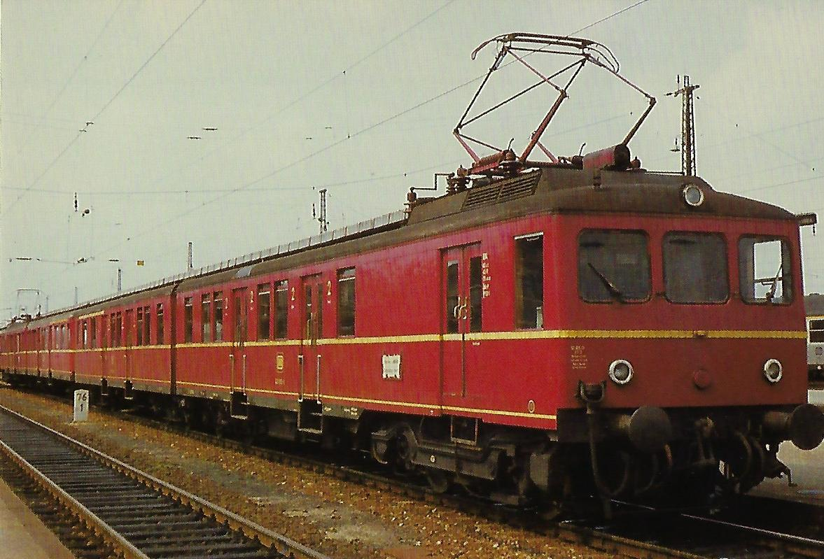 DB, eT 426 im Hbf. Landshut. Eisenbahn Bestell-Nr. 10358
