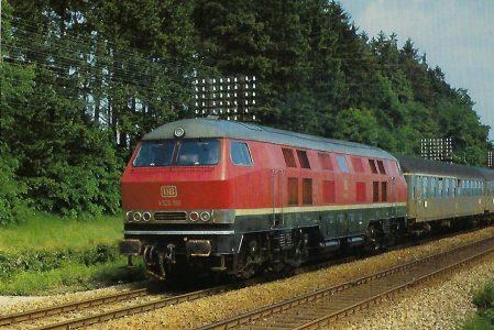 DB, dieselhydraulische Lokomotive V 320 001 am 12.6.1965 in der Aubinger Lohe bei München. Eisenbahn Bestell-Nr. 10362