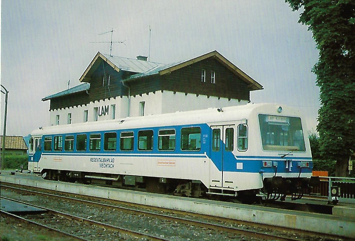 Regentalbahn AG, VT 02 am 25.8.1982 im Bhf. Lam. Eisenbahn Bestell-Nr. 10369