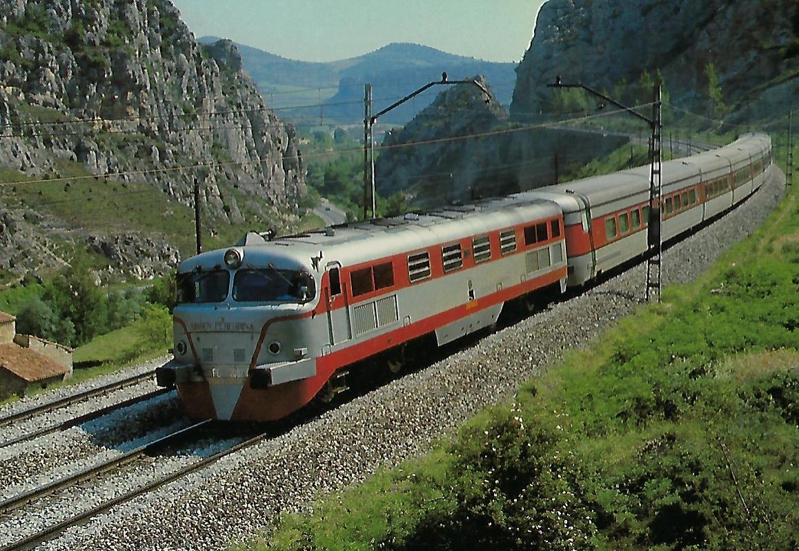 RENFE 352.002 mit TALGO III Irun – Madrid bei Pancorbo. Eisenbahn Bestell-Nr. 10387