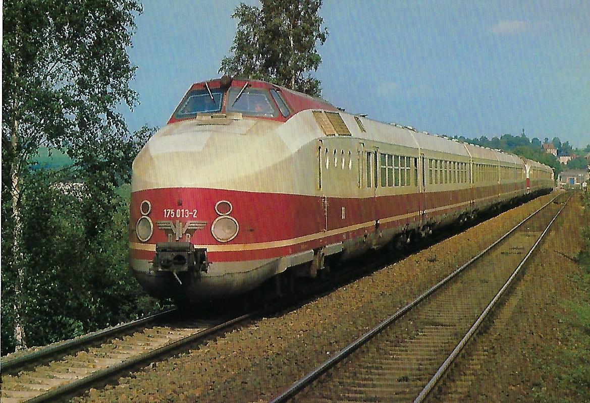DR, dieselhydraulischer Schnelltriebzug 175 013-2 bei Jocketa. Eisenbahn Bestell-Nr. 10395