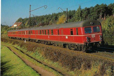 DB, elektr. Triebwagen 432 201-2 bei Schwabach. Eisenbahn Bestell-Nr. 10399