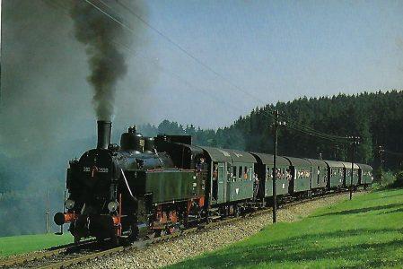 ÖGEG 3925.2530 mit Sonderzug vor Rohrbach-Berg. Eisenbahn Bestell-Nr. 5315
