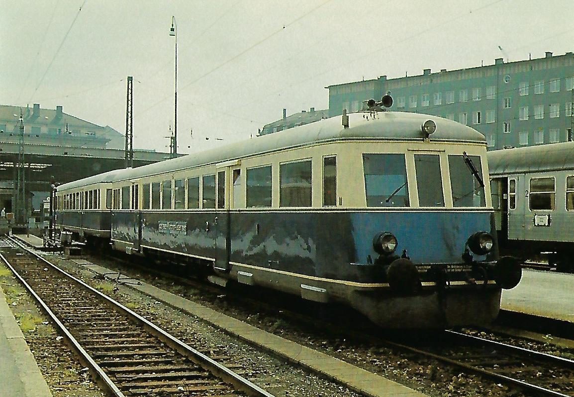 Tegernsee-Bahn AG, Dieseltriebwagen im Hbf. München, 1963. Eisenbahn Bestell-Nr. 10420