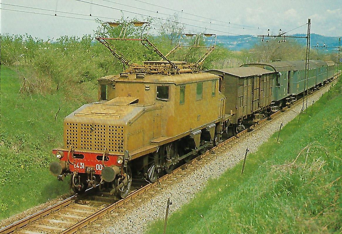 FS, elektrische Lokomotive E 431 bei Acqui Terme im April 1973. Eisenbahn Bestell-Nr. 10468