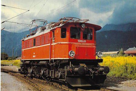 ÖBB, elektrische Mehrzwecklokomotive 1245.01 in Saalfelden 1982.Eisenbahn Bestell-Nr. 10480