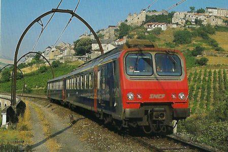 SNCF, elektrischer Triebwagen Z 2 bei Aguessac im Juli 1984. Eisenbahn Bestell-Nr. 10482
