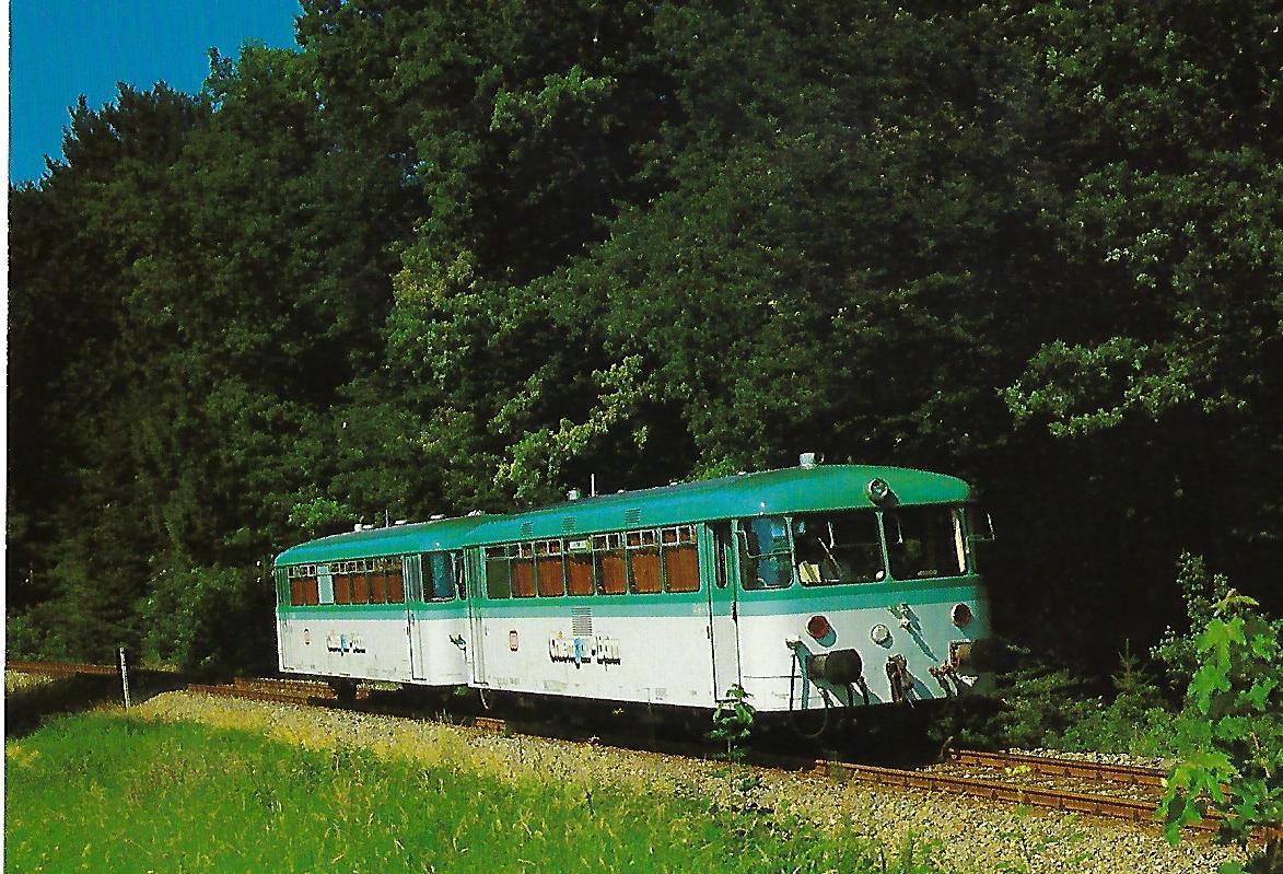 DB, Schienenbus VT 798.5 im Juli 1987 auf der Strecke Prien – Aschau. Eisenbahn Bestell-Nr. 10485