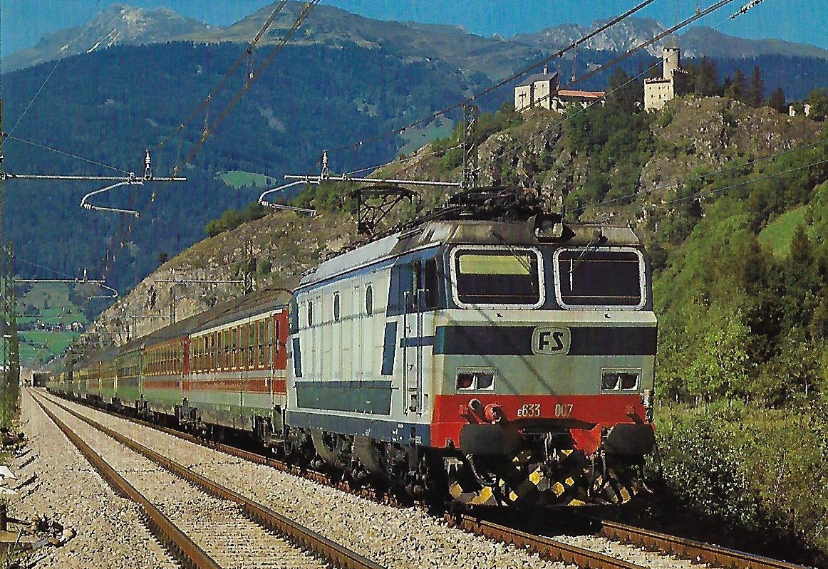 FS, Elektrolokomotive E 633.007 (B'B'B') bei Campo di Trens / Freienfeld im September 1987. Eisenbahn Bestell-Nr. 10493