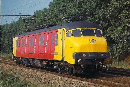 Nederlandse Spoorwegen, Posttriebwagen 3018, Bo'Bo' bei Maarssen im September 1982. Eisenbahn Bestell-Nr. 10497