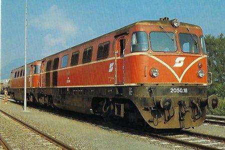 ÖBB, diesel-elektrische Mehrzwecklokomotiven 2050.18 + 2050.16, Bo'Bo', am 16.8.1985 in Pöls. Eisenbahn Bestell-Nr. 10506