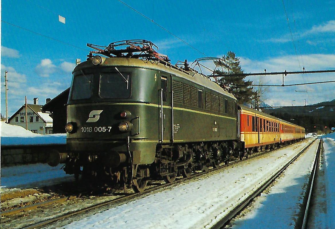 ÖBB, elektrische Mehrzwecklokomotive 1018.005-7, 1'Do1′, in Kainisch im Februar 1987. Eisenbahn Bestell-Nr. 10507