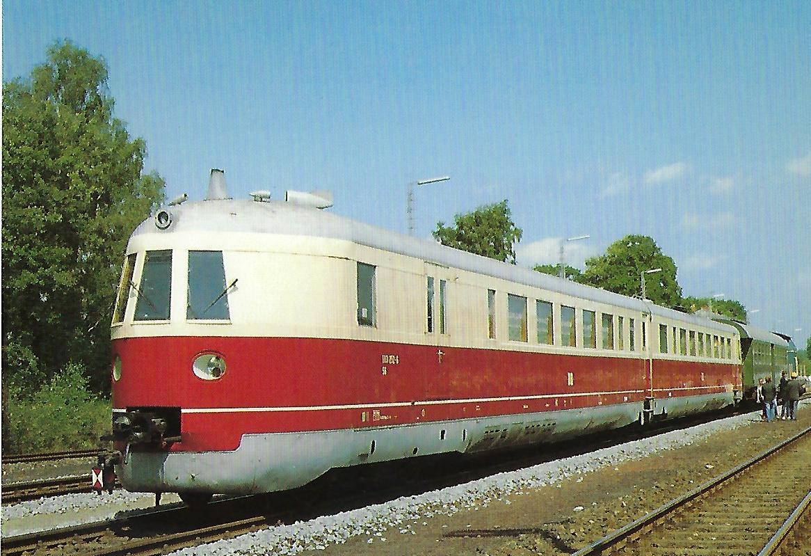 DR, diesel-elektrischer Salontriebwagen 183 252-6, 2'Bo'2′, 1985 in Schnabelwaid. Eisenbahn Bestell-Nr. 10523