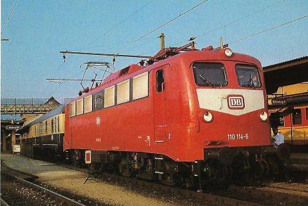 DB, elektr. Schnellzuglokomotive 110 114-6 in Salzburg Hbf. Eisenbahn Bestell-Nr. 10528