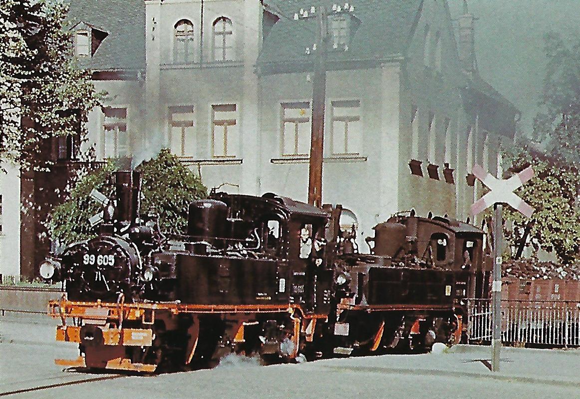 Älteste Schmalspurbahn Sachsens Wilkau-Haßlau – Carlsfeld im Sommer 1954 in Kirchberg. Eisenbahn Bestell-Nr. 50735